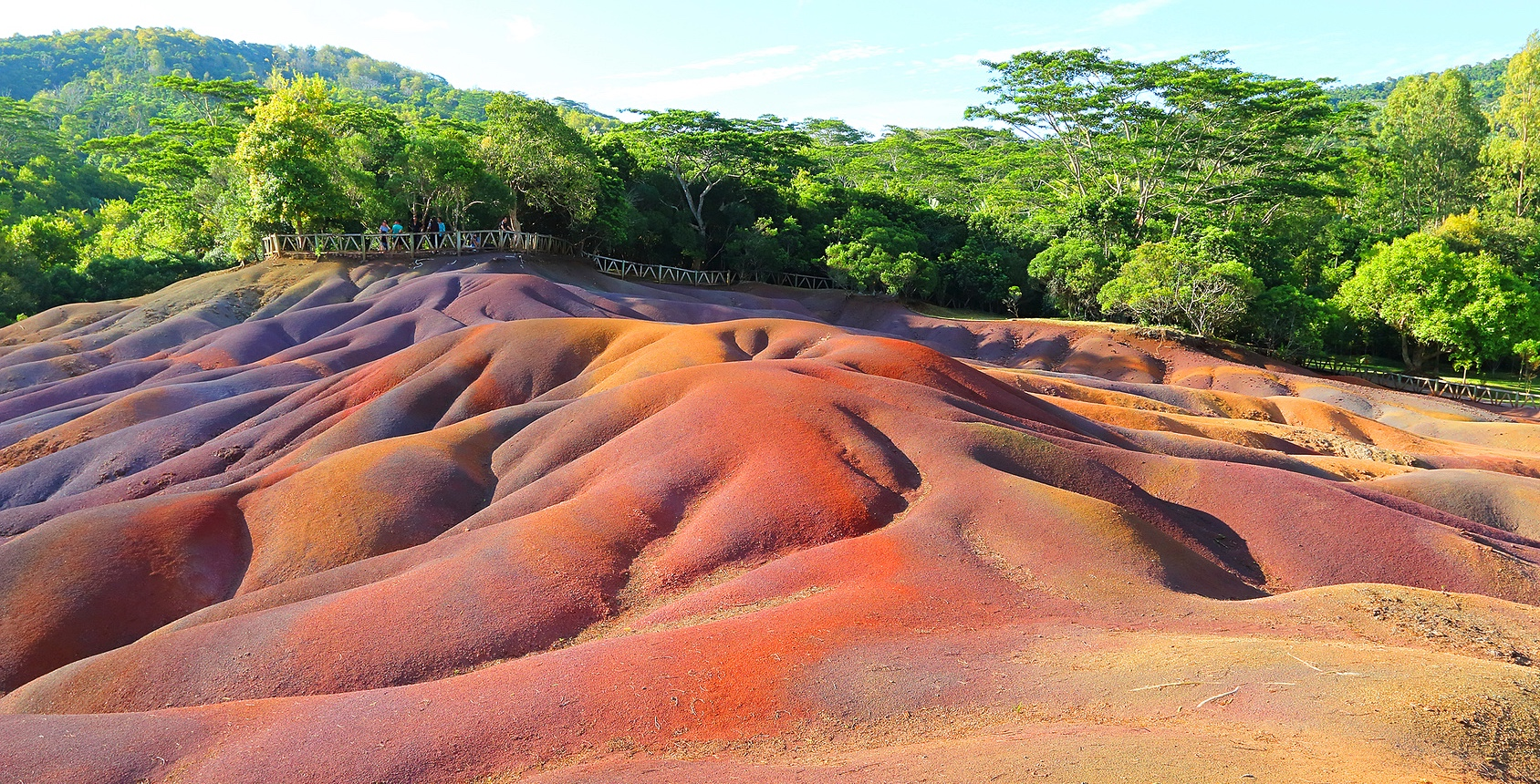 Seven Colored Earth, Mauritius